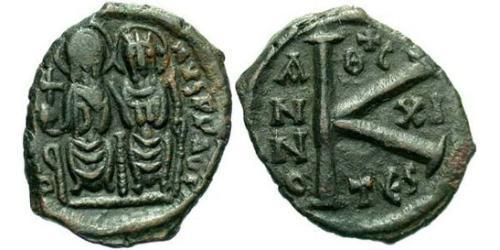1/2 Follis Byzantine Empire (330-1453) Bronze Justin II (520-578)