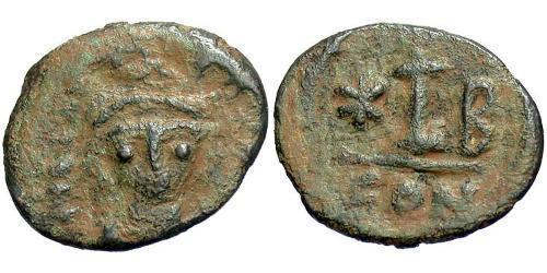 1 Decanummium Byzantine Empire (330-1453) Bronze Maurice Tiberius (539-602)