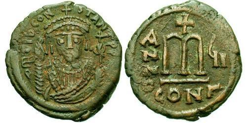 1 Follis Byzantine Empire (330-1453) Bronze Tiberius II (535-582)