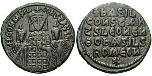 1 Follis Byzantine Empire (330-1453) Bronze Leo VI Wise (866-912)