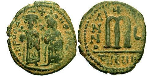 1 Follis Byzantine Empire (330-1453) Bronze Phocas(?-610)