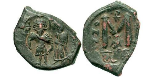 1 Follis Byzantine Empire (330-1453) Bronze Heraclius (575-641)