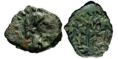 1 Follis /  AE4 Byzantine Empire (330-1453) Bronze Marcian (392-457)