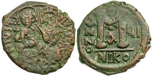 Follis Byzantine Empire (330-1453) Bronze Justin II (520-578)