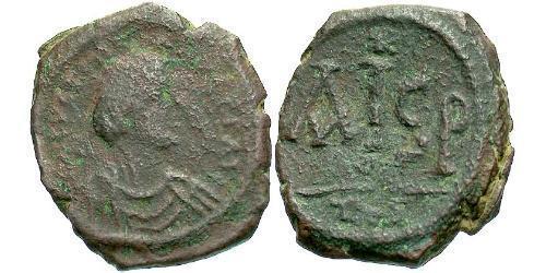 Nummus Byzantine Empire (330-1453) Bronze Justinian I (482-565)